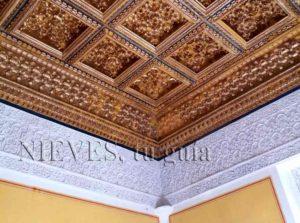 Detalle de artesonado de los techos en la Casa de Pilatos