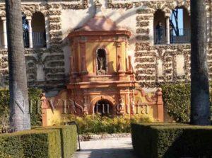 Detalles de los jardines del Alcázar de Sevilla