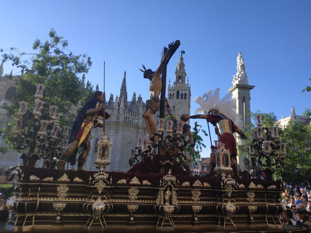 Paso de la Semana Santa de Sevilla