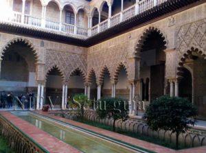 Jardín islámico Patio de las Doncellas del Alcázar de Sevilla