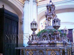 Interiores de la Iglesia del Salvador de Sevilla