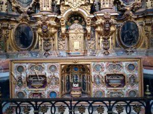 Autel et trésors de l'église de San Luis des Français à Séville