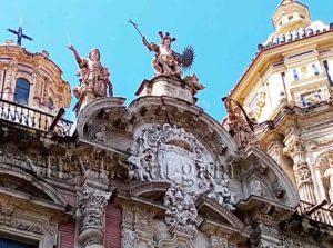 Fachada de la Iglesia de San Luis de los franceses en Sevilla