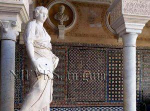 Sculpture Casa Pilatos